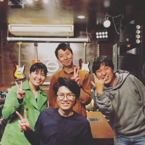 12/23(日)もLIVEです!|堺市から20分☆大阪 西田辺の初心者にやさしいギター教室♪