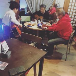 生徒さんとオープンマイク行きました!|堺市から20分☆大阪 西田辺の初心者にやさしいギター教室♪