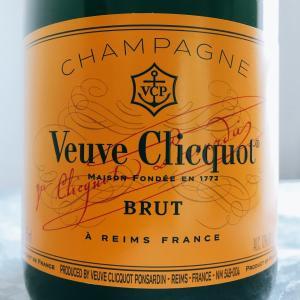 【フランス/シャンパーニュ】シャンパーニュ・ヴーヴ・クリコ・イエローラベル・ブリュット(Champagne Veuve Clicquot Yellow Label Brut)NV:ヴーヴ・クリコ・ポンサルダン(Veuve Clicquot Ponsardin)