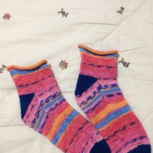COMEDYで編む靴下完成