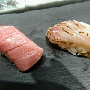 豊洲市場 龍寿司のおまかせ寿司(とろけるのどぐろ、中トロに踊る石垣貝)