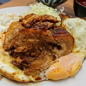 豊洲 とんかつ 八千代でチャーシューエッグを食べました(火、木、土曜日限定の人気メニュー)