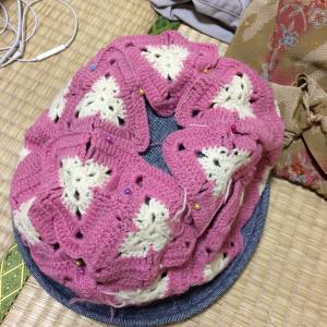 おばあちゃんが編んだやつ