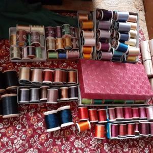 刺繍を始めます