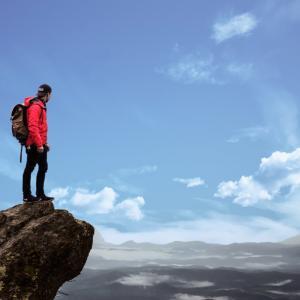 ニコニコ生放送で富士山から滑落!40代男性?Youtubeでは偽物も