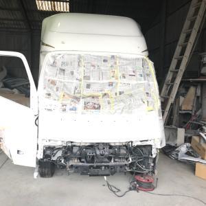 キャンピングカー修理がまだ終わりません(´༎ຶོρ༎ຶོ`)