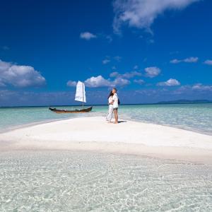 ■竹富島のサバニ ■ 美しい海に囲まれた小さな島でプロポーズ