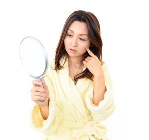 加齢による肌の衰えと女性特有の悩みを解決!