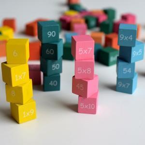 【小学生・幼児向けおすすめ算数おもちゃ】遊べば自然と算数好きになる!得意を育む知育玩具