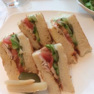 東銀座の文明堂でサンドイッチ