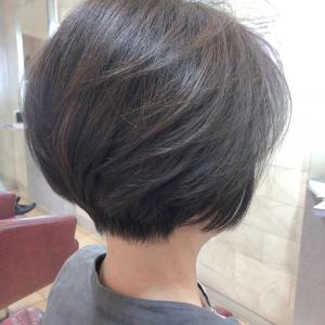 60代☆ヘアスタイルで年齢も雰囲気も自由自在に。乾かすだけで優雅なグラボブ♪