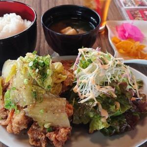 千葉駅西口の目の前、ホテルサンシティ2Fのビアレストラン、バブルスで頂く鶏の竜田揚げ塩ダレ定食 ランチはドリンク&お惣菜の食べ飲み放題付き!