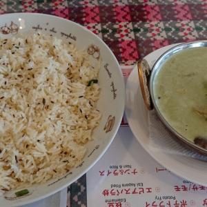 作草部駅前、インドアジアンレストラン&バー さくらでランチカレーセットを頂くも、タイ風グリーンカレー×クミンライスこそが最強だった