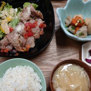 都賀駅西口に新規オープン、ねこmanmaを初訪問 定食屋さんの様で焼き肉店?でもありそうな新店で頂く、生姜焼き定食