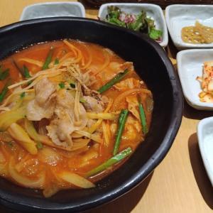 そごう千葉店レストラン街の韓国料理、にっこりマッコリをランチ訪問 韓国風の肉ちゃんぽんと、謎の1品「もちカルビ」を食べ比べ!!