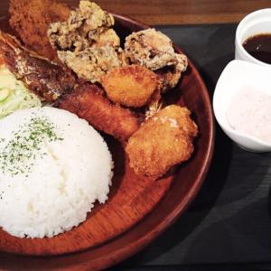 千葉・富士見町の日本酒バル、ネオ ジャパニーズ スタンダードがランチを開始! ボリューム満点、貫禄のミックスフライ定食!!