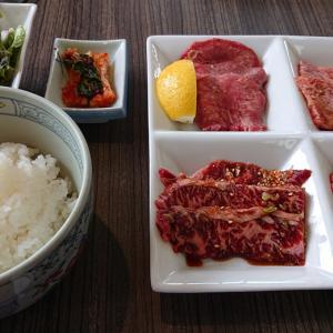 都賀の台の焼肉レストラン、一龍が大リニューアル! 新たな店内で頂く、豪華200g和牛4点盛りランチ