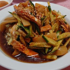 中央区都町の中華料理店、永楽亭 ピリ辛キュウリ&ナスの辛子炒めで一足早い夏が到来!