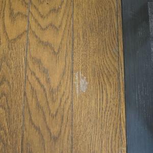 リビングの床を素人がDIY修理を試みて2