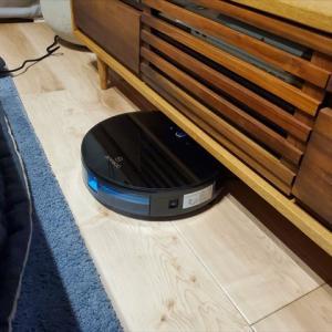 【収納】ソファの裏と下は収納です