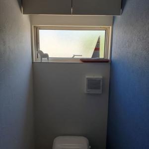 【トイレ】昼も夜もドアは開いてます