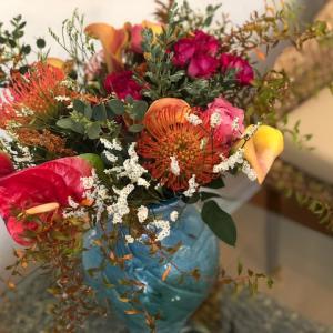 ゲスト様より、とっても素敵なお花を戴きました。