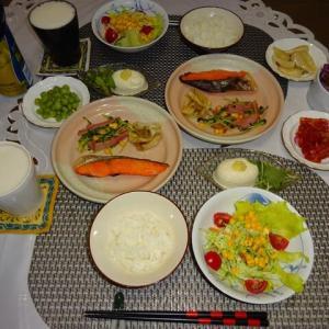 尹家のキムチと焼鮭で晩ご飯、ワクチン予約💉