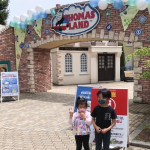 ワンオペ、シングルで子供二人連れてトーマスランドに行くと大変?(5歳と3歳)