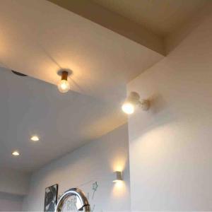 <リノベーション>やって良かったこと②キッチンの照明プラン 昼光色と電球色を使い分ける