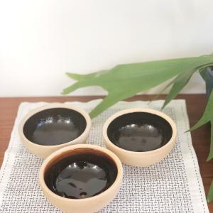 出西窯の鉢