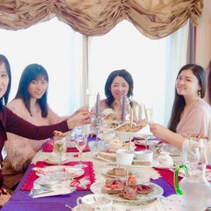 クリスマスカラーのテーブルにワクワクしました!