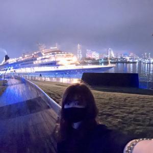 【横浜】《大さん橋&赤レンガ倉庫》停泊中の飛鳥IIが一番良く見える場所はココだ!