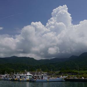 21.08.01:夏雲を撮りに漁港を訪ねて1