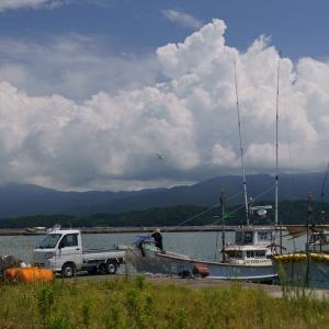 21.08.01:夏雲を撮りに漁港を訪ねて4