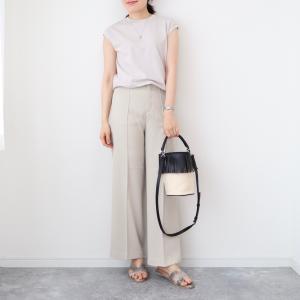 【ユニクロ】夏に履きやすい!ベルテッドドレープワイドストレートパンツ【UNIQLO】