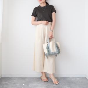 【ユニクロユー】790円で即秋コーデ!Tシャツはダークトーンがいい♡【UniqloU】
