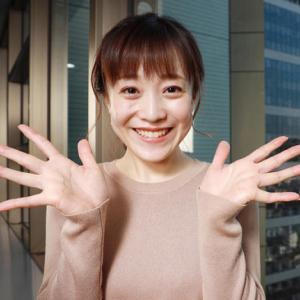 【女子アナ】江藤愛アナ、「ひるおび」膝上のミニスカートはいてたなんて.....w