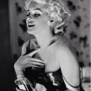 HOT - Marilyn Monroe - The Talk Of Hollywood - Sittings by Philipe Halsman