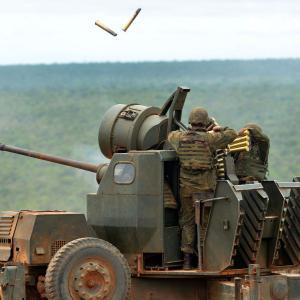 ボフォース40mm機関砲