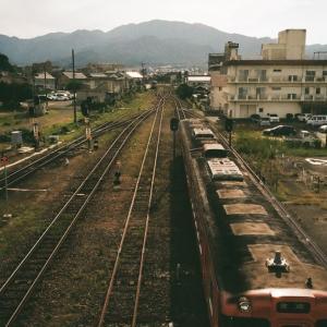 CONTAX G1と長門市駅から出発する山陰線のディーゼルカー