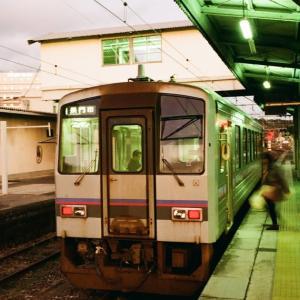 CONTAX G1と厚狭駅の長門市駅行きのディーゼルカー