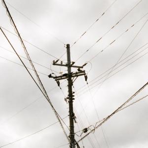 KONICA HEXARと荒野の電柱