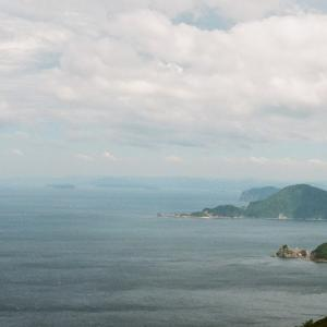 CONTAX G1と晩夏の空と島と海