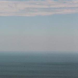 PENTAX 67と晩夏の空と海