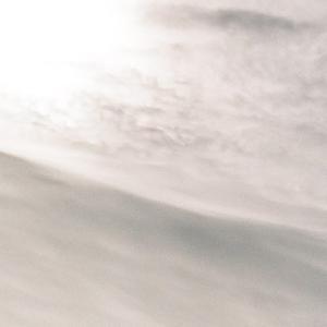 CONTAX G1と晩夏の雲と雲の中の太陽と空と電柱と電線と山