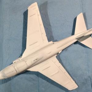 1/72 ハセガワ EA-6B プラウラー(ハイビジ)製作(その4)