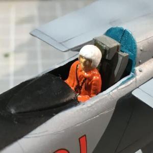 ハセガワ 1/72 MiG-25フォックスバット製作(その6)