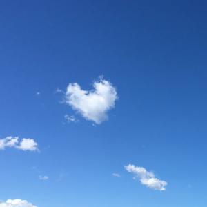 【愛の循環】やさしい愛がどんどん繋がって世界に広まっていく