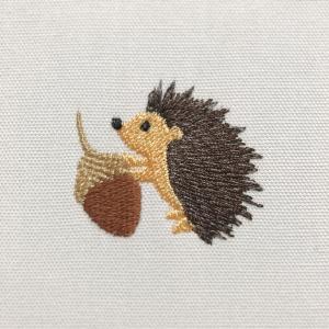 ★発売★ちびハリネズミくんの刺繍