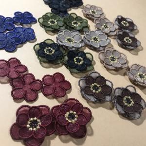 秋仕様♡オーガンジー刺繍のお花・・・と、可愛いスモックに刺繍☆